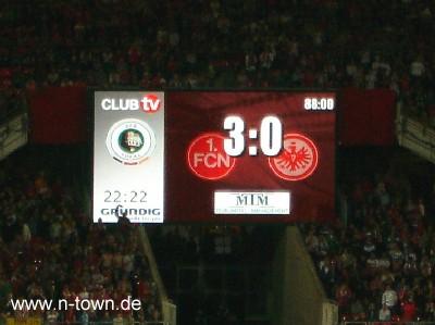 Anzeigetafel Nürnberg Frankfurt 3:0