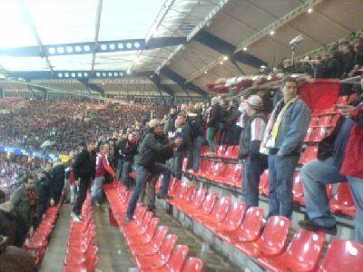 Ultras Nürnberg räumen den Block 8 nach 0:0 gegen FSV Frankfurt