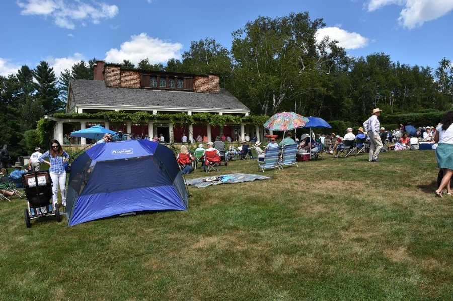 Great Weather And Music Draws A Crowd