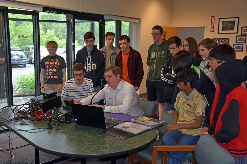 Academy for Science & Design Group Learning About Amateur Radio