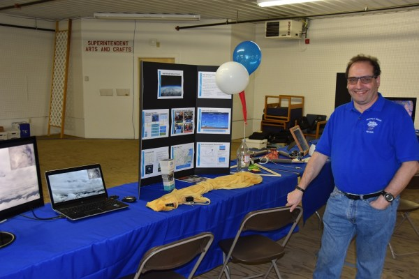 NETT: High Altitude Balloon Display