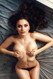 Sexy Girl mit schönen Händen