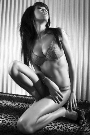 Sexy Girl mit Löwenmähne