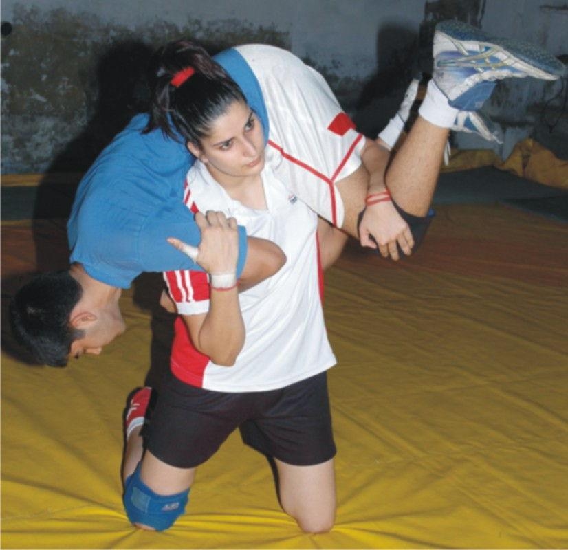 Sonika Kaliraman Wrestling