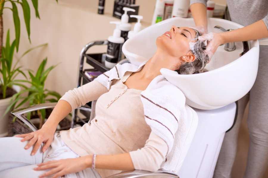 scalp massage therapy