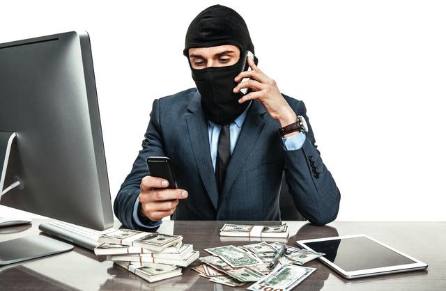 نظم معلومات الداخلية:ضبط 102 جريمة ابتزاز ونصب عبر شبكات التواصل الاجتماعي خلال اسبوع