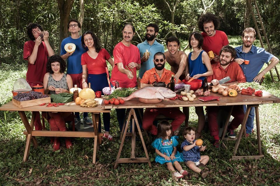 Presente, il nuovo disco di Trupe Chá de Boldo è un regalo prezioso