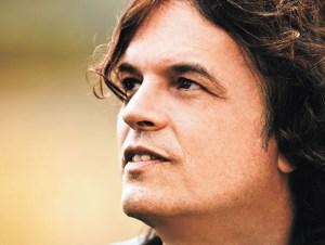 Dadi Carvalho