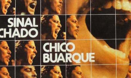 Sinal Fechado, Chico Buarque e il debutto di Julinho da Adelaide
