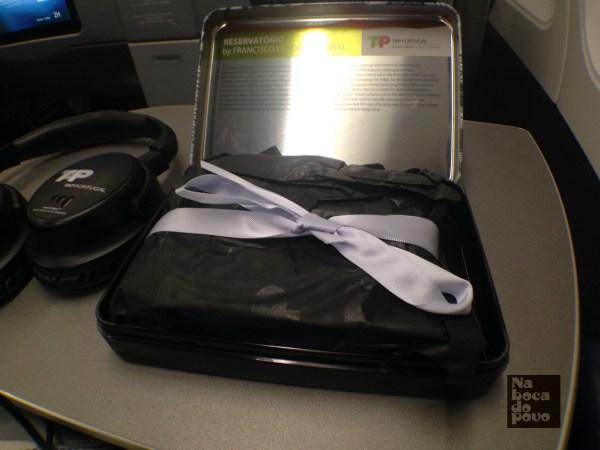 Amenity Kit Business Class Tap Portugal contenuto