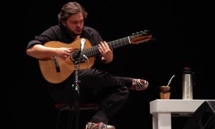 UNA CHITARRA CHE (IN)CANTA – Un giorno con Yamandu Costa
