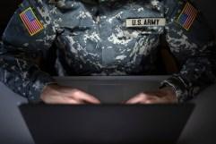 Bildergebnis für Dem Zyklon in die Augen schauen: Die militärische Bedeutung der US-Air-Base Ramstein in der US-Kriegsführung gegen den Iran
