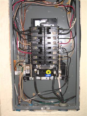 Upgrade 100 Amp Fuse Box To Circuit Breakers Square D Homeline Bonding Screw Question Internachi