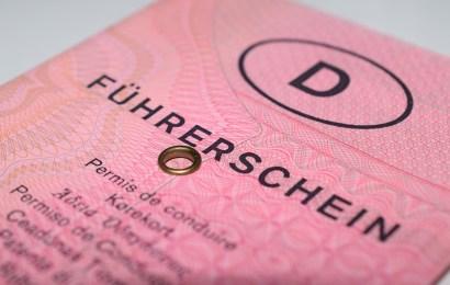 Vermehrte Führerscheinabgaben bei der PI Nabburg zum Monatswechsel