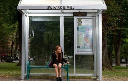 Bushaltestelle beschmiert