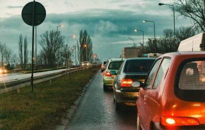 Beschädigter roter VW Polo gesucht