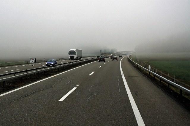 Schlechte Sicht auf der Autobahn (Symbolbild Pixabay)