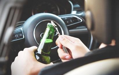 Bei Verkehrskontrollen Alkohol festgestellt.
