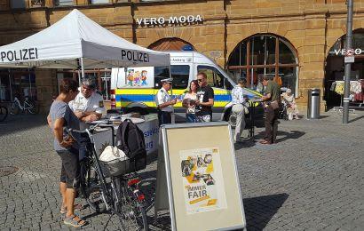 Info-Stand der Polizeiinspektion Amberg