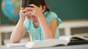 gty_child_reading_dyslexia_thg_120405_wg2