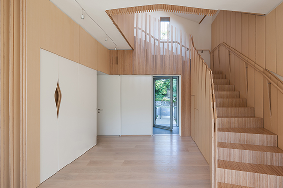 despite a reputation among consumers as some kind of cheap laminate plywood is adored by many architects for its versatilty tensile strenght