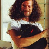 Nat from Sandrider with his cat Nelson (Photo by (Alexandra Crockett from Metal Cats)