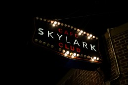 The Skylark Cafe on www.nadamucho.com