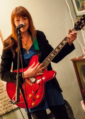 Tekla Waterfield and the Sweet Nothings @ Gigs4U Web Launch by AJ Dent for Nada Mucho