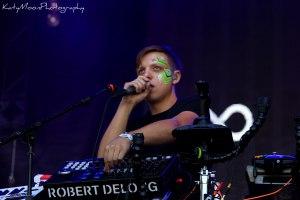 Robert DeLong at Bumbershoot 2015 by Katy Bellamy for Nada Mucho