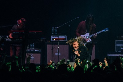 Cage The Elephant @ Deck the Hall Ball 2015 by Kyle Davis for Nada Mucho 1