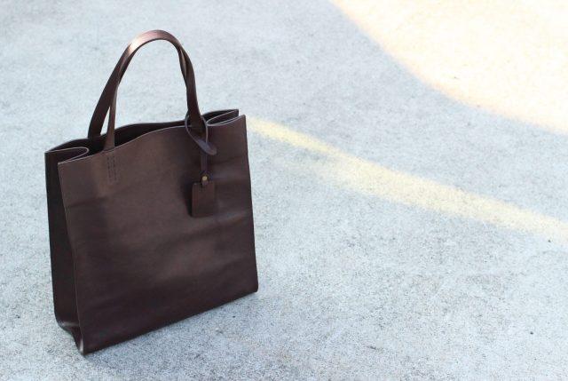 バッグと鞄の違いは?