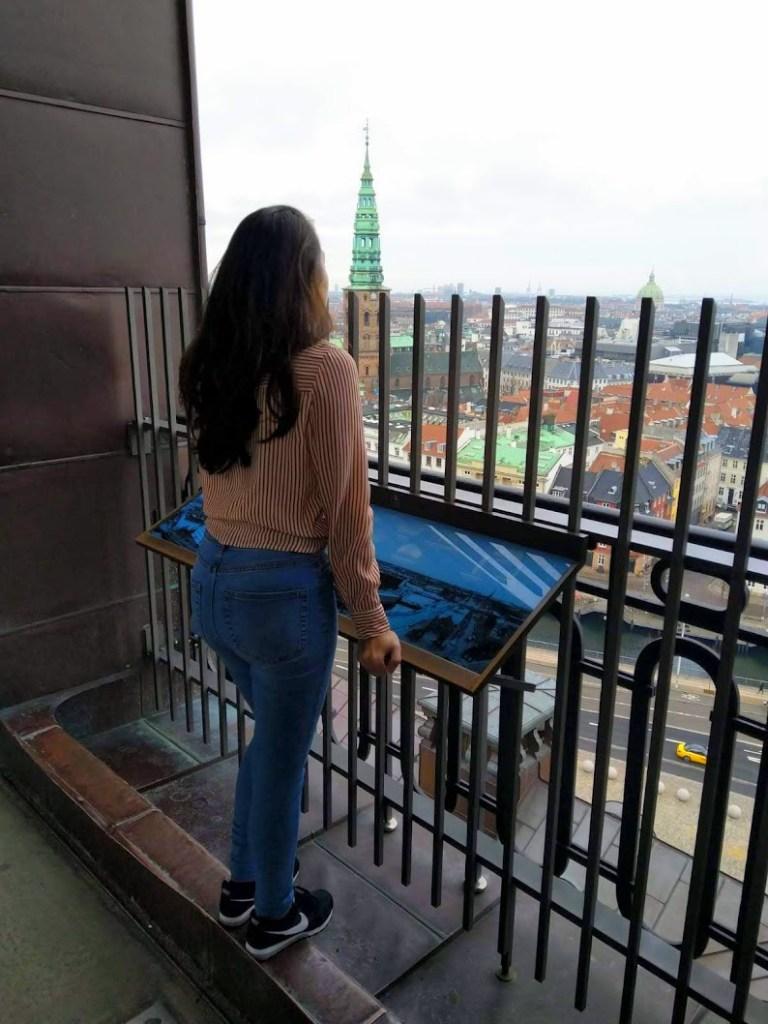 De hoogste toren van Kopenhagen op het Christiansborg paleis