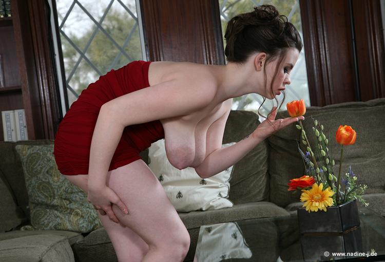 Nadine Jansen  guest model Emma Sinclaire