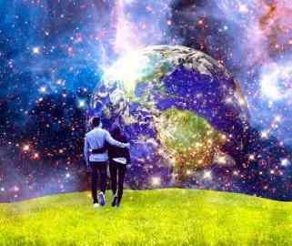 goldenes Zeitalter Angala Erdentstehung Liebespaar läuft auf die Erde zu - spirituelle Gemeinschaft