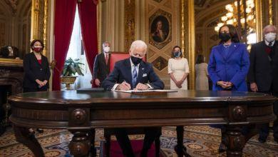 Photo of جو بايدن يستهل عمله بإلغاء عدد من سياسات دونالد ترامب