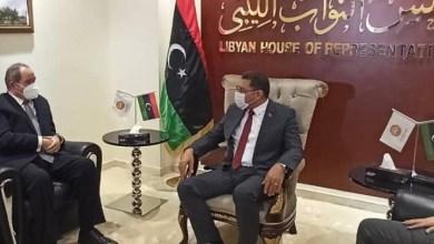 Photo of وزير الخارجية صبري بوقدوم يزور ليبيا ويعقد مشاورات مع المسؤولين في طرابلس