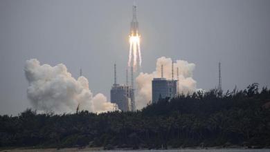 Photo of صاروخ صيني خارج عن السيطرة يسقط على الأرض خلال أيام