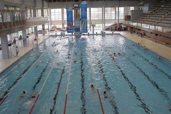 Piscines  France  Bretagne  Les piscines IlleetVilaine 35  Nageurscom