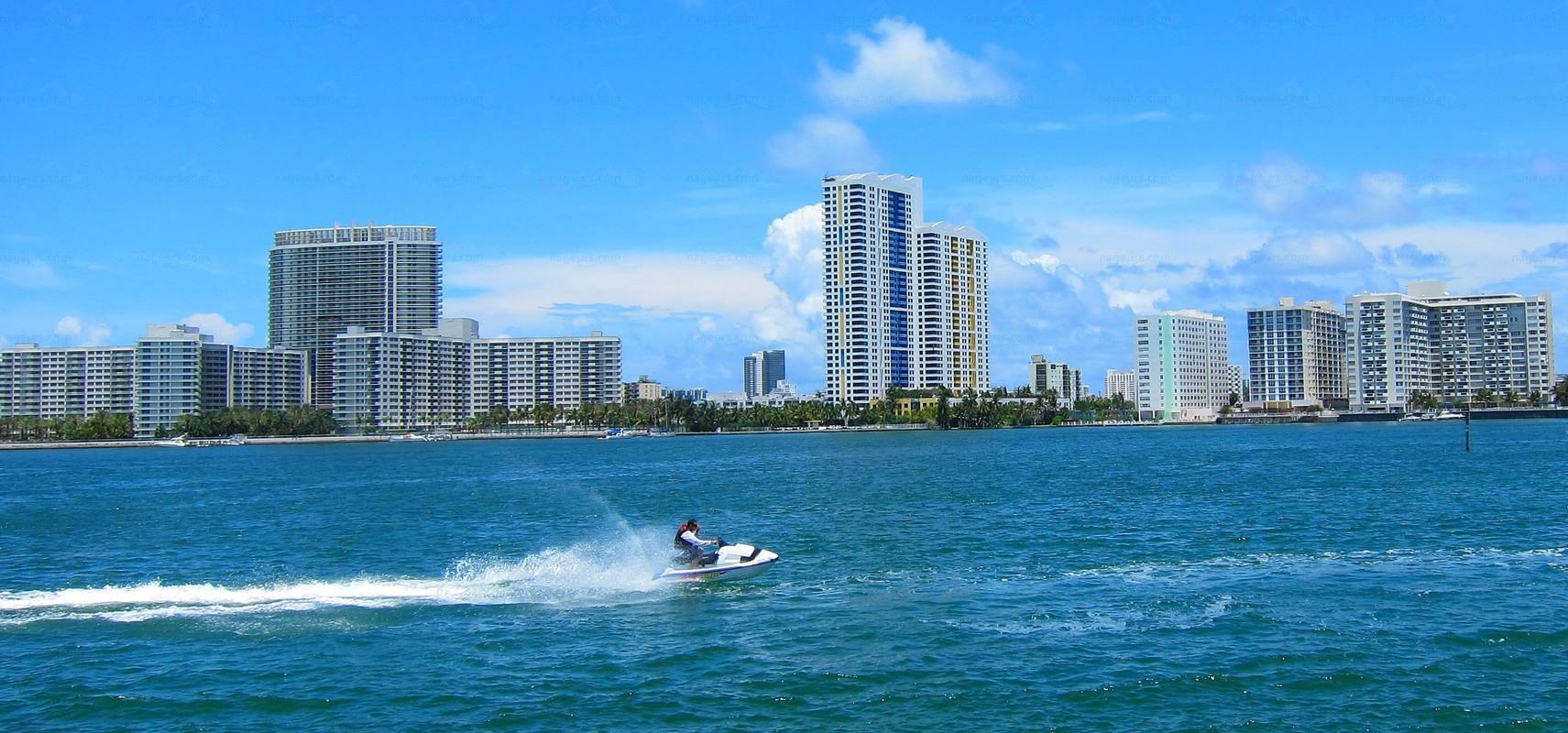 South Beach Miami Beach Florida  Nageurscom