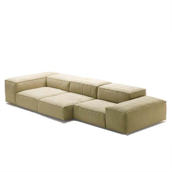 living es sofa mart tyler tx extrasoft divani naharro el de la firma un diseno piero lissoni aspecto