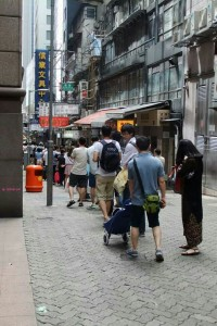 My Last Day in Hong Kong in June 2014 - End of Queue at Jenny Bakery