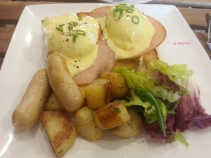 Flavour Flings - Egg Benedicts