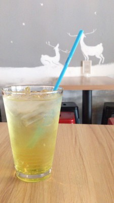 The Usual Place Cafe - Passionfruit Fruit Cooler