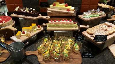 J65 Weekdays Dinner Buffet - Dessert Station, Cakes and Pastries