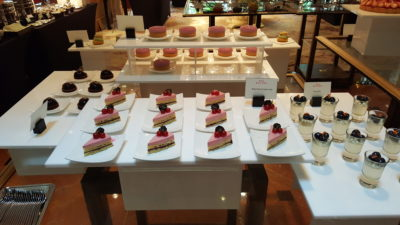 Weekend Afternoon Tea At Tea Lounge Of Regent Singapore - Cakes and more cakes