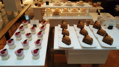 Weekend Afternoon Tea At Tea Lounge Of Regent Singapore - Cakes