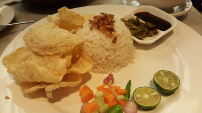 Warung Koffie Batavia At Grand Indonesia, Jakarta, Indonesia - Sop Buntut with rice