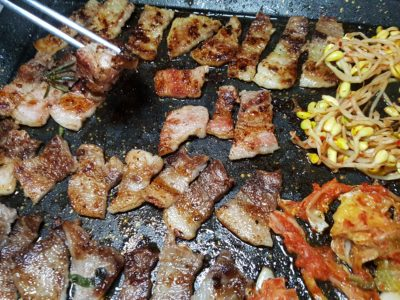 8 Korean BBQ At Shaw Centre In Orchard, Singapore - 8 Colours Set grilled
