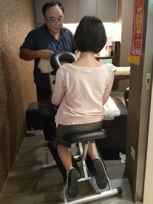Theresa Beauty Massage and Reflexology Services at Toa Payoh, Singapore - More on Neck and Shoulder Massage
