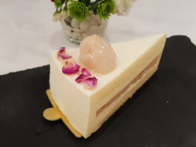 D'Good Cafe @ Ngee Ann City, London Subway Theme - Rose Lychee Jelly Cake